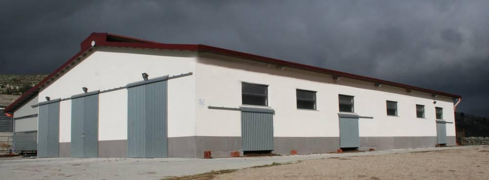 Mcm ragusa costruzioni strutture for Capannoni in legno prezzi